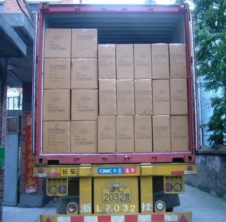 ארגזי סחורה במשאית